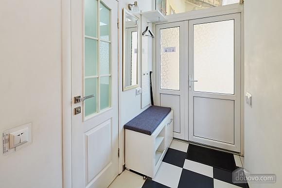 Стильная квартира в центре Львова на улице Братьев Рогатинцев, 1-комнатная (33949), 009