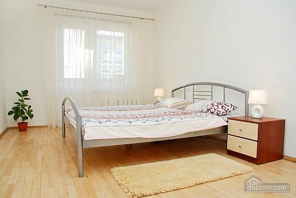 Снять квартиру посуточно на Позняках улица Гмыри, 2х-комнатная (11601), 006