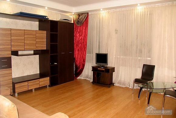 Apartment in Odessa near French Boulevard, Studio (23453), 001