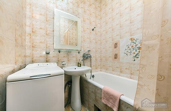 Apartment on Khreschatyk, One Bedroom (54834), 011