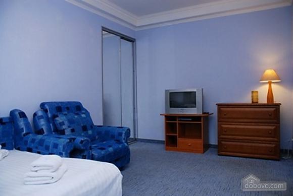 Апартаменти біля метро Дружби народів, 1-кімнатна (86733), 002