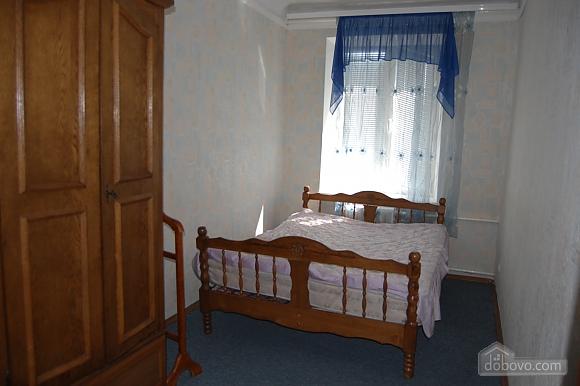Apartment near exhibition center, Dreizimmerwohnung (99579), 002