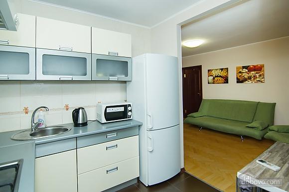Квартира с хорошим ремонтом в центре Харькова, 2х-комнатная (77438), 005