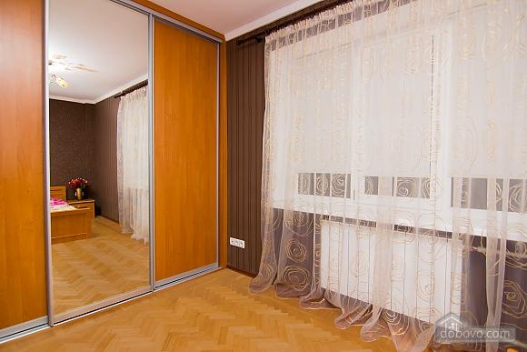 Квартира с хорошим ремонтом в центре Харькова, 2х-комнатная (77438), 007