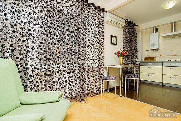 Квартира с хорошим ремонтом в центре Харькова, 2х-комнатная (77438), 014