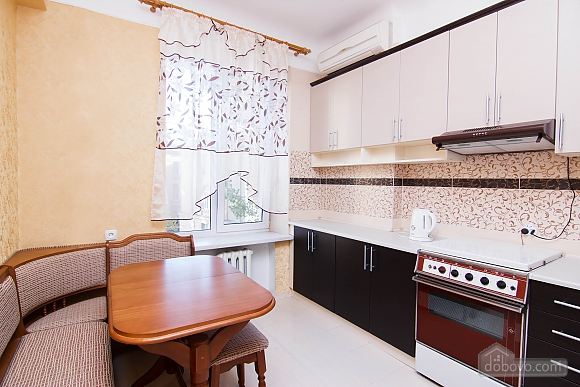 With eurrenovation in Kharkov center, Un chambre (29405), 003