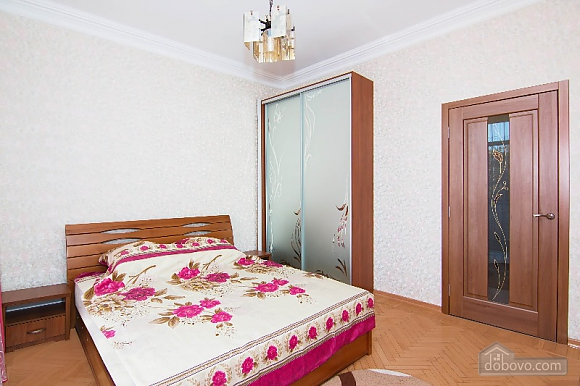 With eurrenovation in Kharkov center, Un chambre (29405), 005