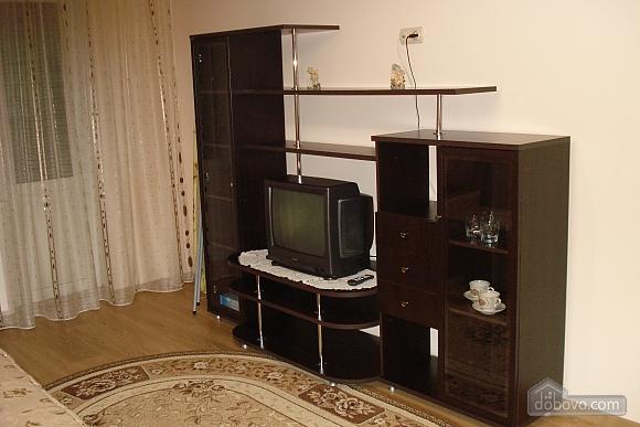 Apartment in Truskavets, Zweizimmerwohnung (82894), 001