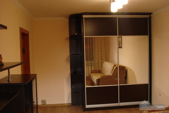Apartment in Truskavets, Zweizimmerwohnung (82894), 002