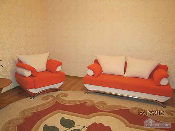 Apartment with new renovation in the central part of the city, Studio (69810), 001