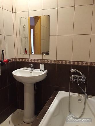 Затишна квартира з євроремонтом, 1-кімнатна (43181), 005
