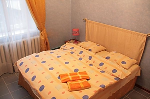 One bedroom apartment on Bohdana Khmelnytskoho (351), Un chambre, 020