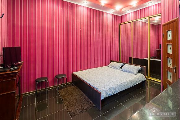 Квартира з дизайнерським ремонтом біля Площі Ринок, 1-кімнатна (10123), 007