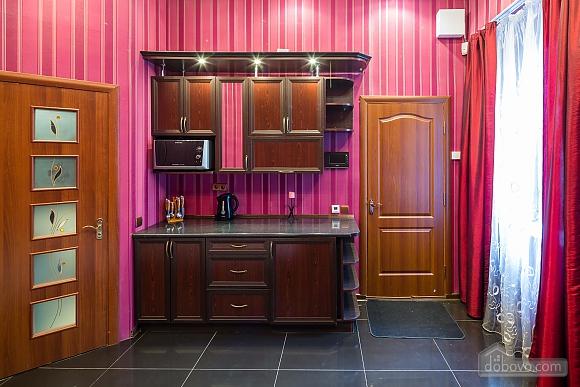 Квартира c дизайнерским ремонтом возле площади Рынок, 1-комнатная (10123), 009