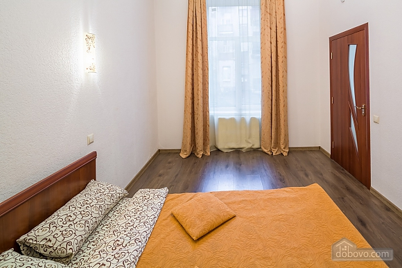 Cozy flat in the city center near the University, One Bedroom (65925), 015