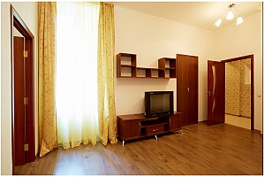 Cozy flat in the city center near the University, Un chambre, 002