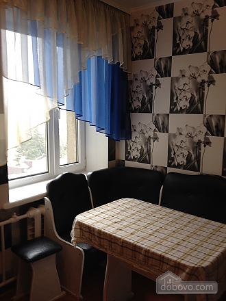 Комфортна квартира, 2-кімнатна (70692), 002