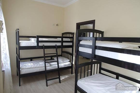 Хостел в Одессе, 1-комнатная (78618), 001