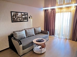 Стильная квартира в Черкассах, 2х-комнатная, 001