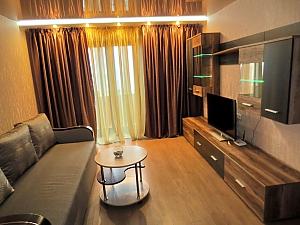 Stylish apartment in Cherkassy, Zweizimmerwohnung, 002