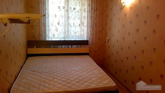 Хорошая квартира с ремонтом, 2х-комнатная (55069), 004