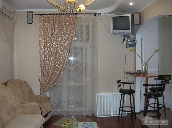 Apartment in Vinnitsa, Studio (62572), 002