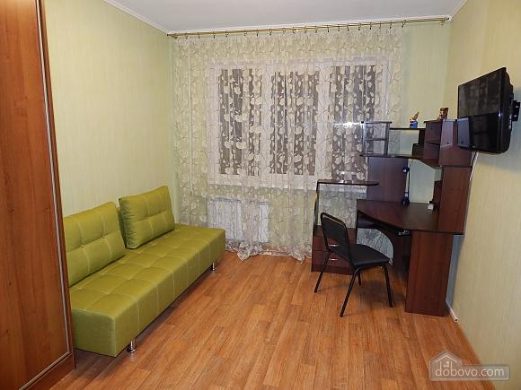 Квартира на Лукьяновке, 2х-комнатная (48765), 003