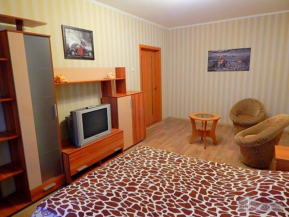Квартира на Лукьяновке, 2х-комнатная (48765), 001