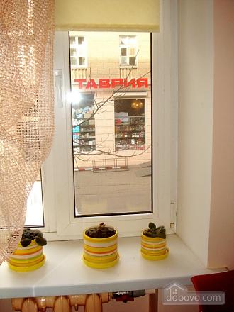 Затишна квартира в Приморському районі, 2-кімнатна (34876), 010