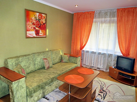 Comfortable apartment with views of the Teatralnaya Square, Una Camera (93862), 002