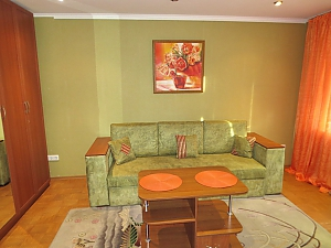Comfortable apartment with views of the Teatralnaya Square, Zweizimmerwohnung, 003