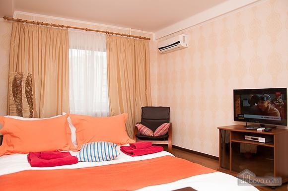 Затишна квартира біля метро Дворець України, 1-кімнатна (69257), 004