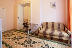 Apartment in the Centre of Lviv with Wi-Fi, Monolocale, 004
