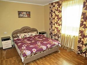 Апартаменты возле ТРЦ Любава, 2х-комнатная, 004