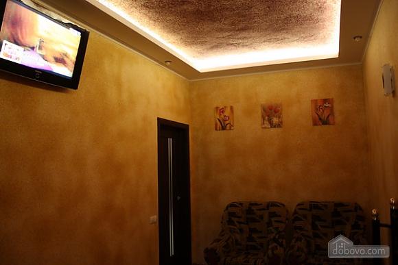 Апартаменты в Запорожье, 2х-комнатная (99966), 002