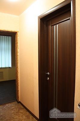 Апартаменты в Запорожье, 2х-комнатная (99966), 006