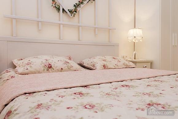 Романтична квартира біля Оперного театру з кондиціонером, 1-кімнатна (74190), 004