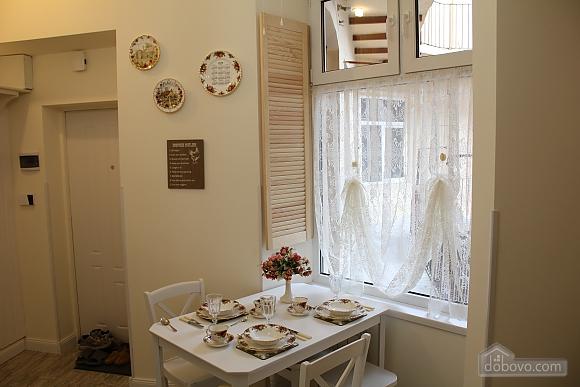 Романтична квартира біля Оперного театру з кондиціонером, 1-кімнатна (74190), 006