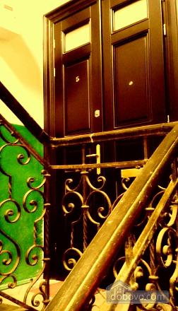 Красивая квартира в старой части города, 1-комнатная (77243), 008