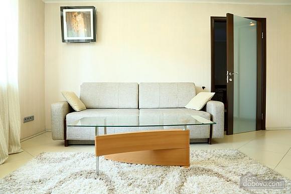 Квартира класса люкс на Бессарабской площади, 2х-комнатная (45329), 001