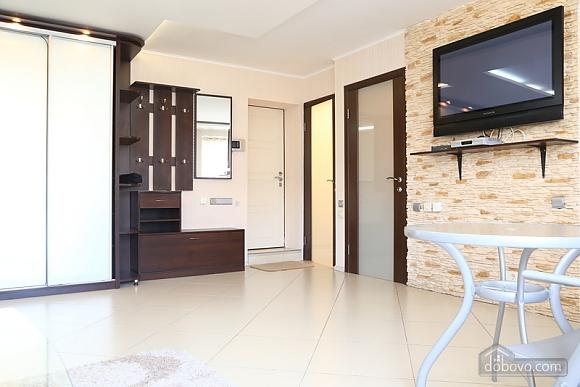 Квартира класса люкс на Бессарабской площади, 2х-комнатная (45329), 007