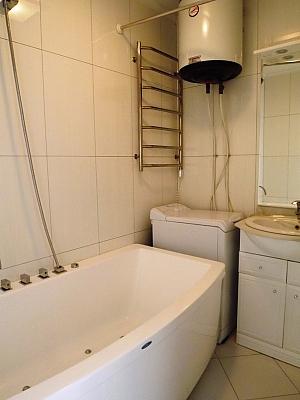 Luxury apartment on Bessarabska Square, One Bedroom, 010