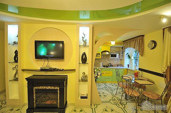 Уютный люкс на Кловской, 1-комнатная (90633), 011