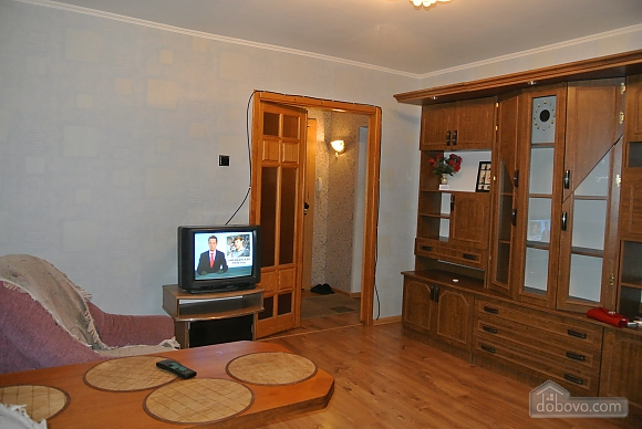 Apartment in the central part of Dnepropetrovsk, One Bedroom (53266), 002