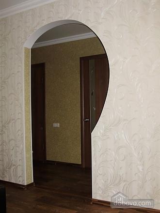 Apartment in the city center, Studio (13980), 008