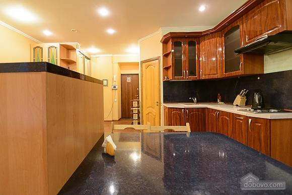 Studio apartment on Mala Zhytomyrska (556), Studio (11444), 010