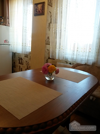 Апартаменты с джакузи в самом центре, 1-комнатная (98442), 008