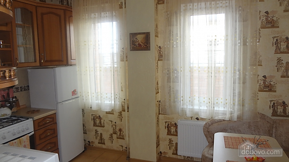 Апартаменты с джакузи в самом центре, 1-комнатная (98442), 002