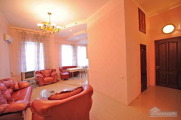 Nice apartment near the Metro, Zweizimmerwohnung (80218), 005
