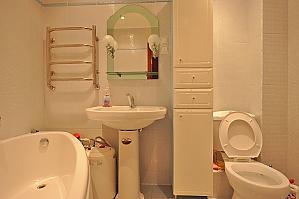 Nice apartment near the Metro, One Bedroom, 011